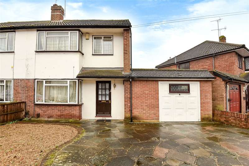 4 Bedrooms Semi Detached House for sale in Ferndale Crescent, Uxbridge, Middlesex, UB8
