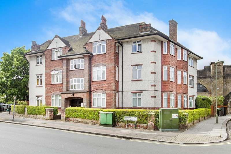 4 Bedrooms Flat for sale in Crescent Court, NW11