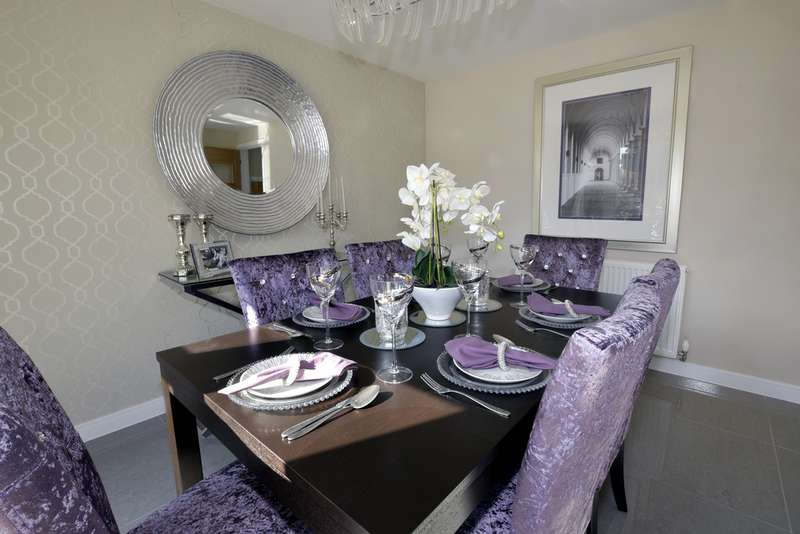 4 Bedrooms Detached House for sale in Robin's Wood Road, Nottingham NG8