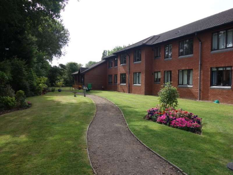 2 Bedrooms Apartment Flat for sale in Warwick Road, Kenilworth