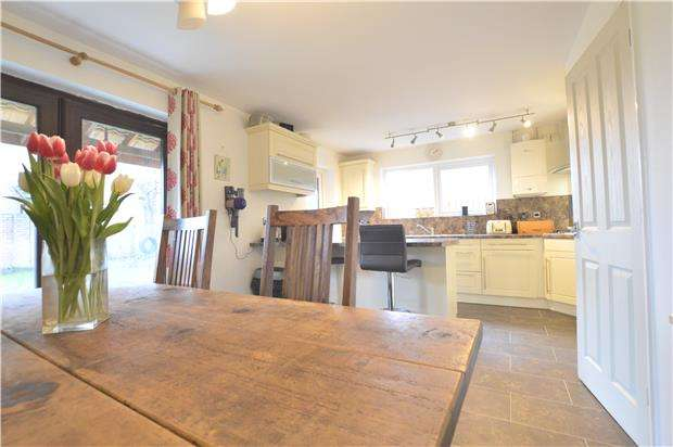 4 Bedrooms Detached House for sale in Bredon, TEWKESBURY, Gloucestershire, GL20 7QL