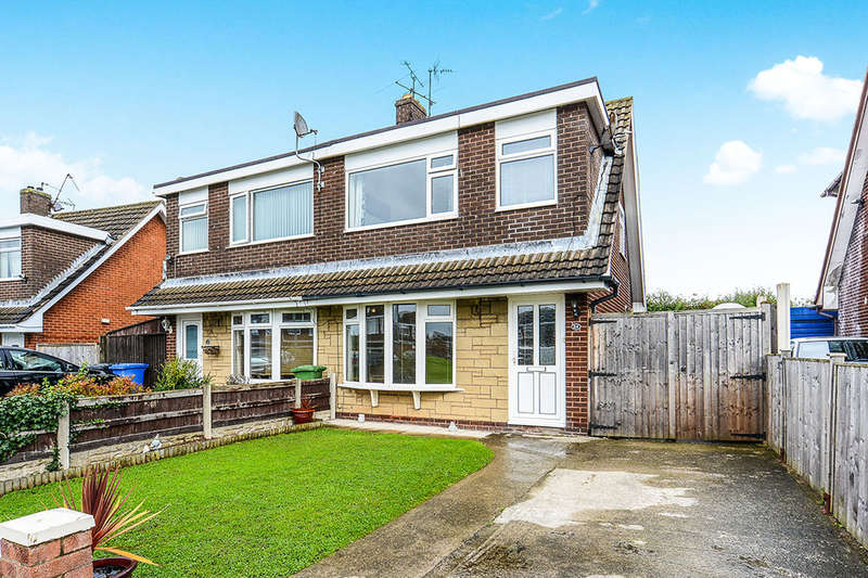 3 Bedrooms Semi Detached House for sale in Violet Grove, Rhyl, LL18