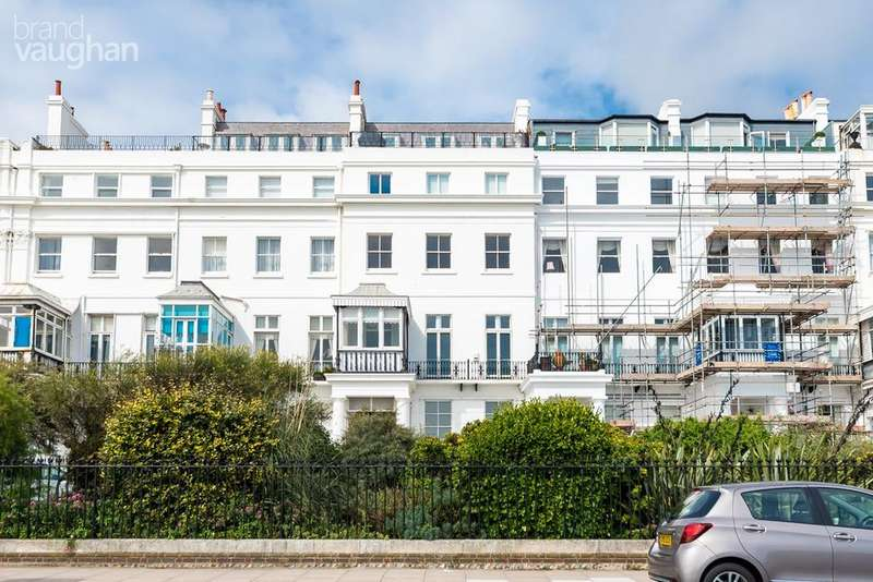 3 Bedrooms Terraced House for sale in Chichester Terrace, BRIGHTON, BN2