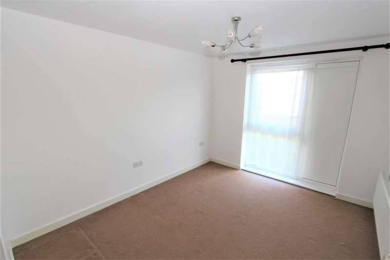 2 Bedrooms Apartment Flat for sale in Hyde Grove, Dartford