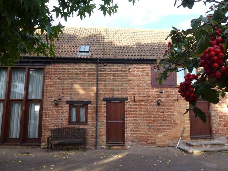 2 Bedrooms Barn Conversion Character Property for rent in Rural Location near Ufton Village, between Southam and Leamington Spa, CV33