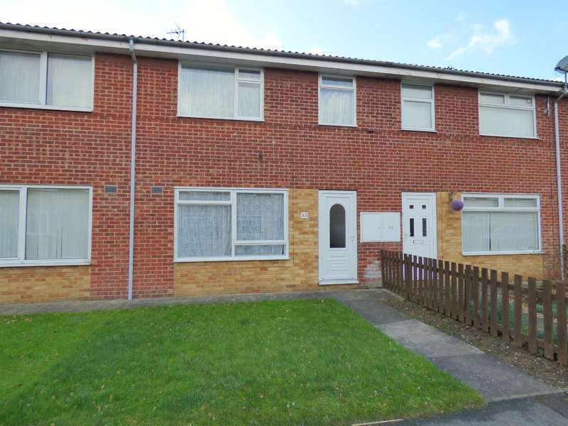 3 Bedrooms Terraced House for sale in Grove Park, Beverley, HU17 9JU