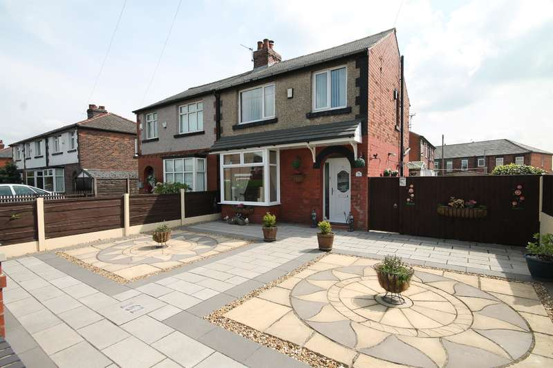 3 Bedrooms Semi Detached House for sale in Piggott Street, Farnworth, Bolton, BL4 9PL