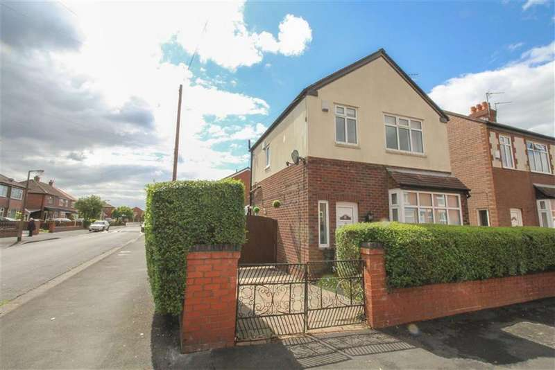 3 Bedrooms Detached House for sale in Westbourne Grove, Reddish, Stockport