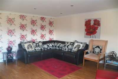 3 Bedrooms Bungalow for rent in Laugharne