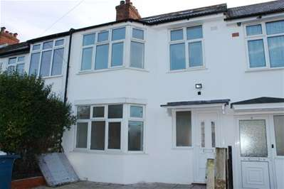 4 Bedrooms Terraced House for sale in Athelstone Road, Harrow Weald