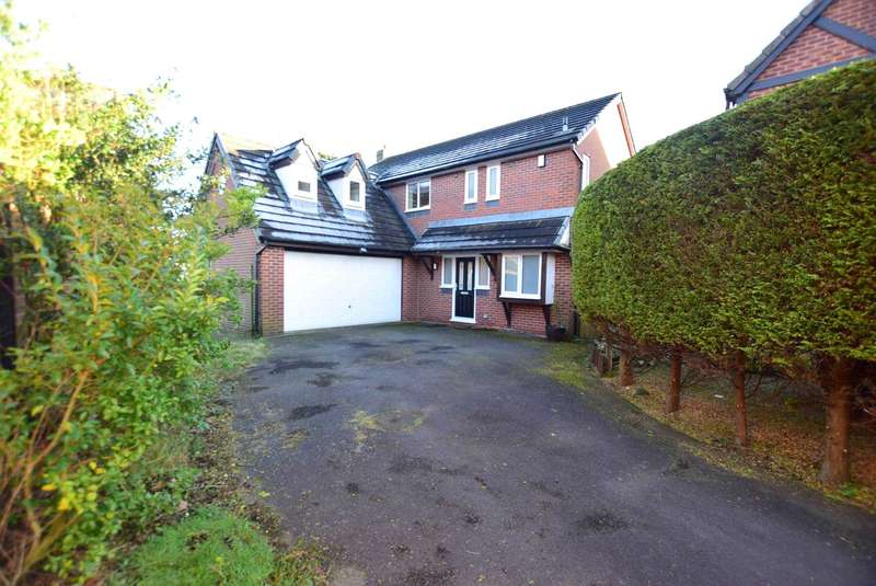 5 Bedrooms Detached House for sale in Bracken Drive, Freckleton