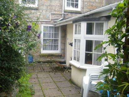 1 Bedroom Flat for sale in Penzance, Cornwall