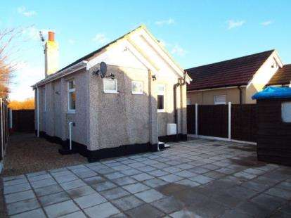1 Bedroom Bungalow for sale in Jaywick, Clacton On Sea, Essex