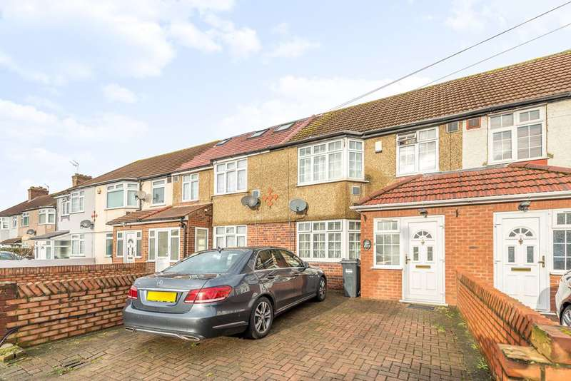 4 Bedrooms Terraced House for sale in Waye Avenue, Cranford, TW5