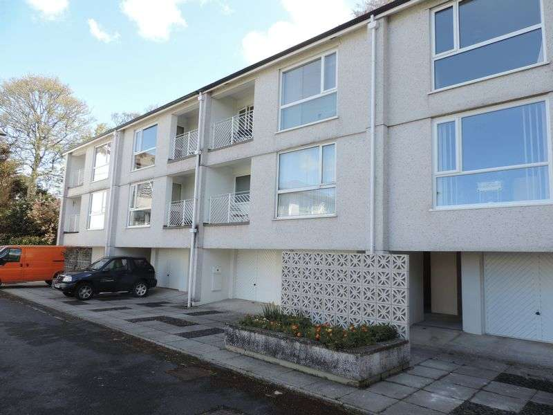 2 Bedrooms Property for sale in Elm Court, Truro