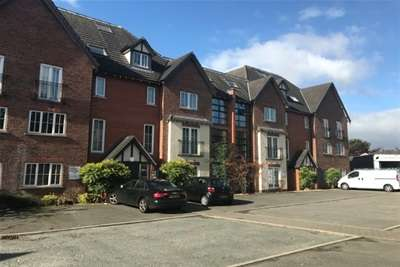 2 Bedrooms Flat for rent in Lyme Place; Dukinfield; SK16