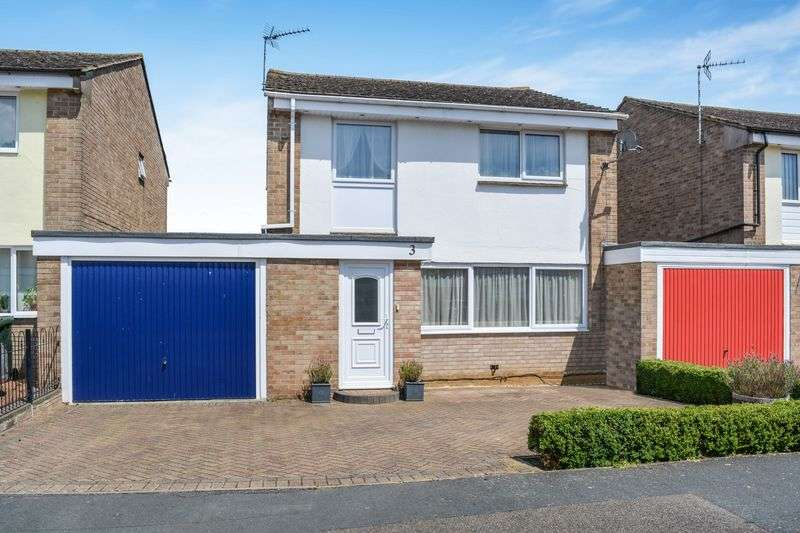 4 Bedrooms Property for sale in Meredith Close, Bicester