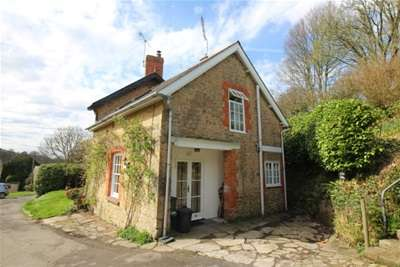 2 Bedrooms House for rent in West Milton