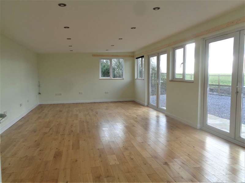 3 Bedrooms Bungalow for rent in Westerleigh Hill, Westerleigh, South Gloucestershire