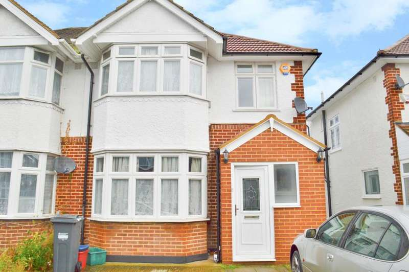 4 Bedrooms House for rent in Carlton Avenue, Feltham