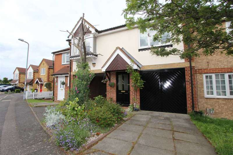 1 Bedroom Mews House for sale in St Michaels Close, Aveley