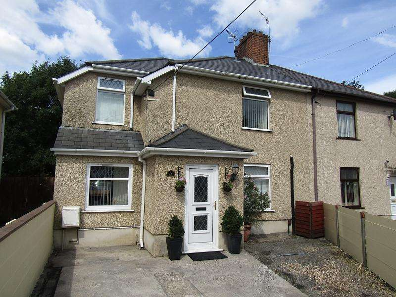 4 Bedrooms Semi Detached House for sale in Jubilee Crescent, Neath, Neath Port Talbot.