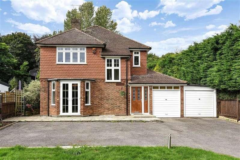 3 Bedrooms Detached House for sale in Dorking Road, Gomshall, Guildford, Surrey, GU5