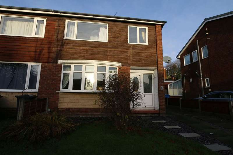 3 Bedrooms Semi Detached House for sale in Watkin Road, Clayton-le-woods, Lancashire, PR6 7PX