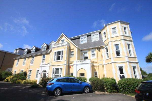 2 Bedrooms Apartment Flat for sale in Cambridge Road, Bournemouth