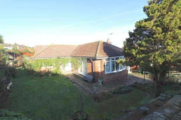2 Bedrooms Bungalow for sale in Eridge Road, Eastbourne, BN21
