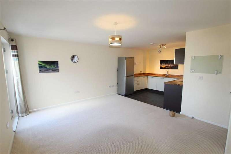 2 Bedrooms Apartment Flat for sale in 10, Burgess Square, Brackley