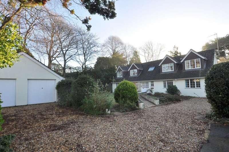 4 Bedrooms Chalet House for sale in Garden Walk, Ferndown