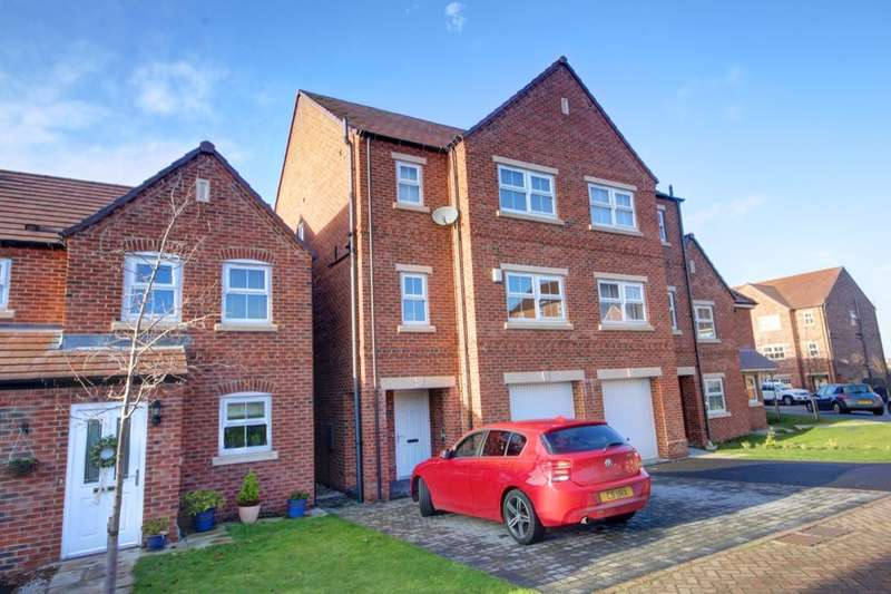 4 Bedrooms Semi Detached House for sale in Bridle Way, Houghton Le Spring, DH5