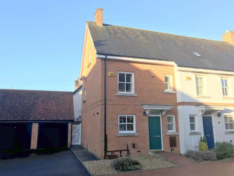 3 Bedrooms Town House for sale in WIMBORNE TOWN CENTRE