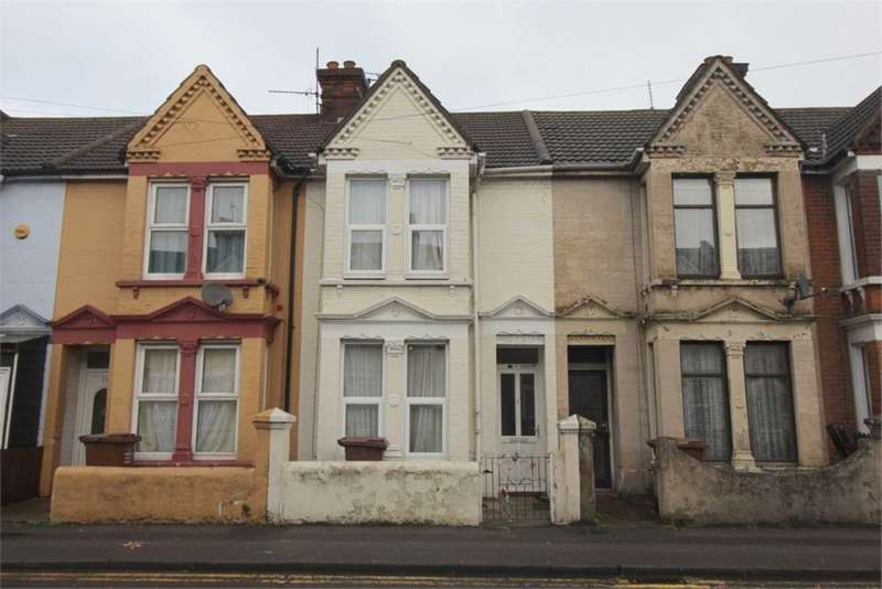 3 Bedrooms House for sale in Rainham Road, Gillingham