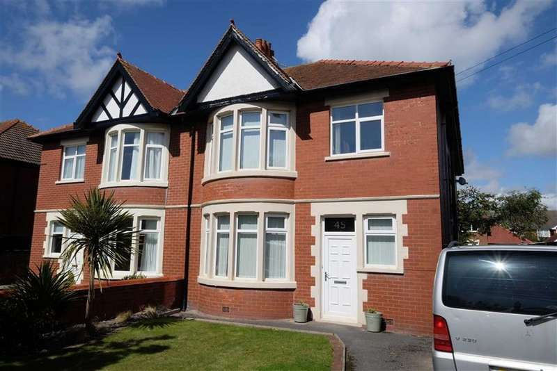 4 Bedrooms Semi Detached House for sale in Newbury Road, St Annes