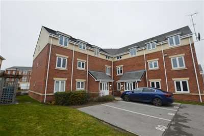 2 Bedrooms Flat for rent in Doveholes Drive, Handsworth, Sheffield, S13