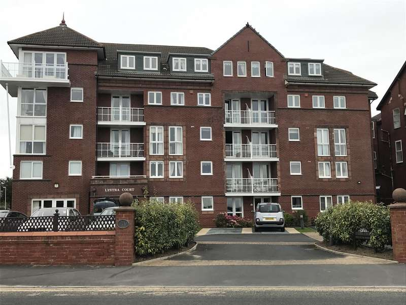 2 Bedrooms Retirement Property for sale in Lystra Court, South Prom, Lytham St. Annes