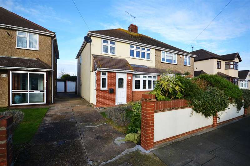 3 Bedrooms Semi Detached House for sale in Whitmore Avenue, Stifford Clays