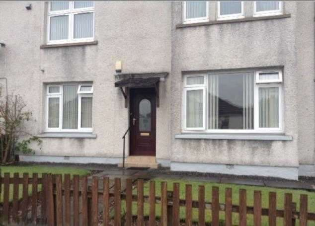 2 Bedrooms Flat for rent in Commercial Road, Barrhead, Glasgow