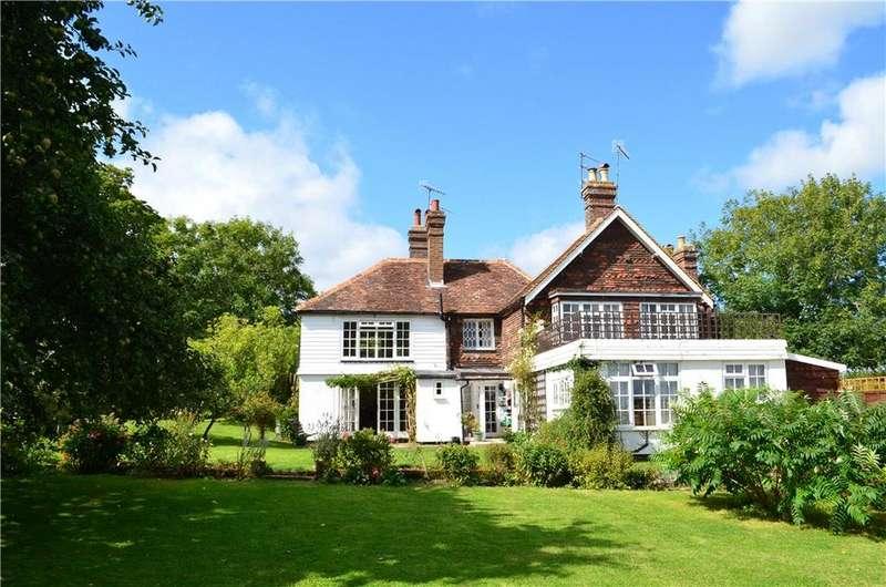 5 Bedrooms Detached House for sale in Horsham Road, Rusper, Horsham, West Sussex, RH12