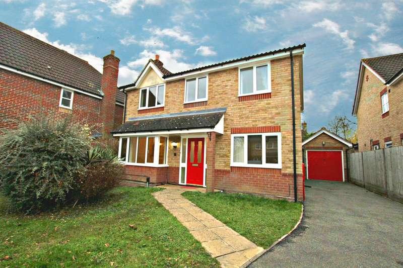 4 Bedrooms Semi Detached House for rent in Brettenham Crescent, Ipswich