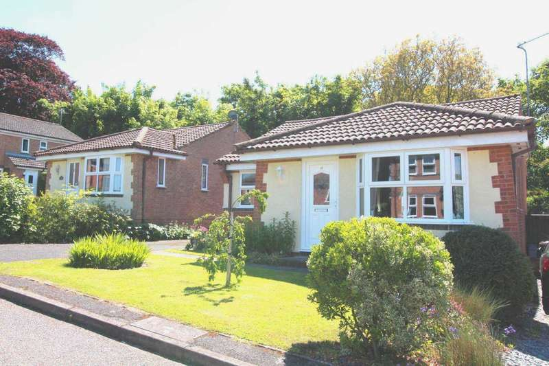 2 Bedrooms Detached Bungalow for sale in Lime Close, Marham, PE33 9HN