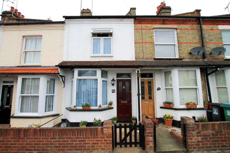 3 Bedrooms Terraced House for sale in Neal Street, Watford