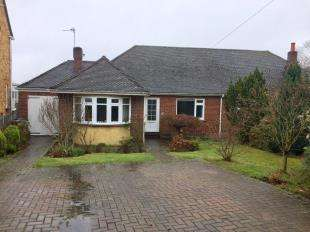 3 Bedrooms Bungalow for sale in Kingsdown Close, Maidstone, Kent, .