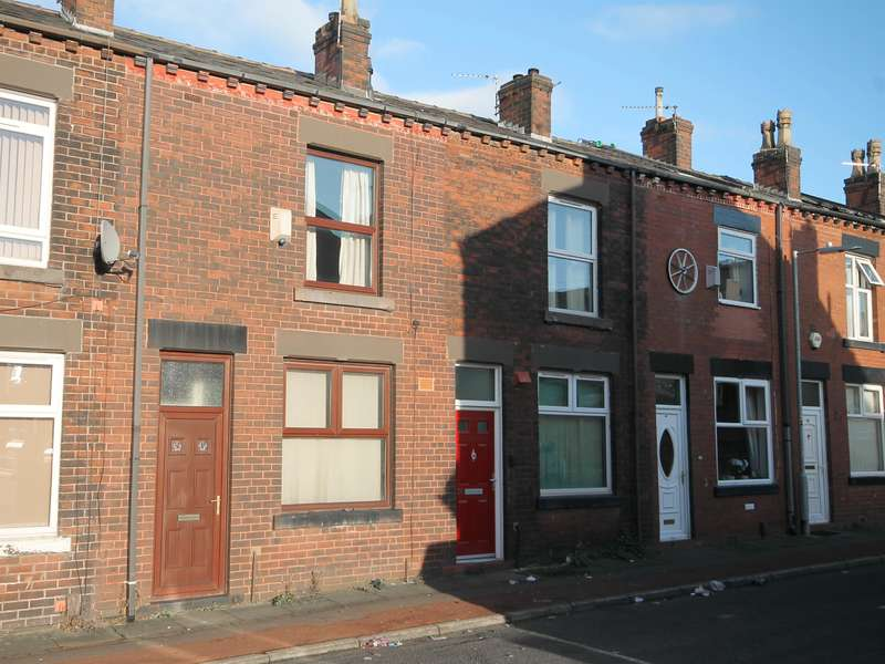 2 Bedrooms Terraced House for sale in Merrion Street, Farnworth, Bolton, BL4 7LG