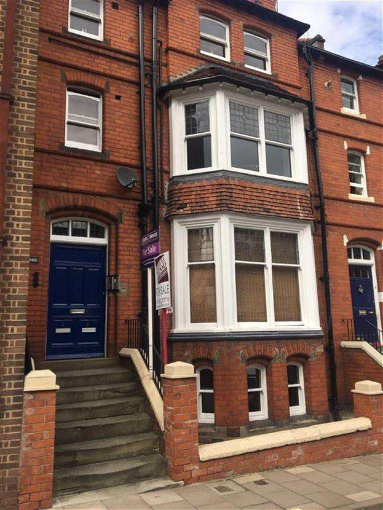3 Bedrooms Flat for sale in Town Walls, Shrewsbury