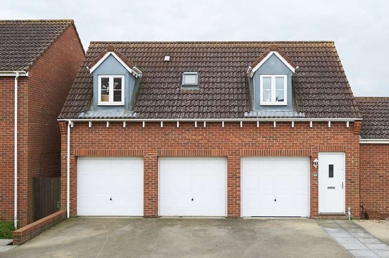 1 Bedroom House for rent in Rowan Close, Desborough, Northamptonshire, NN14
