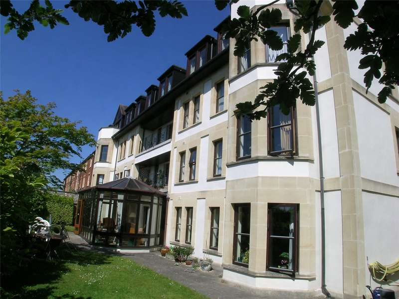 2 Bedrooms Flat for sale in Whatley Court 27-29 Whatley Road Bristol BS8
