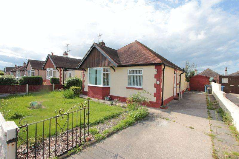 2 Bedrooms Bungalow for sale in Ceri Avenue, Prestatyn